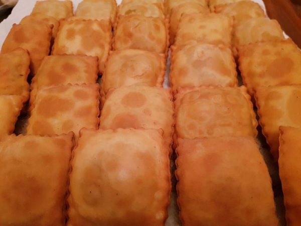 pastelitos-andinos-fritos-tqsabroso-barcelona