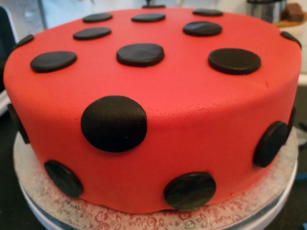 Torta-fondant-especial-tqsabroso-barcelona